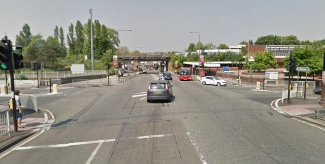 Eltham station junction