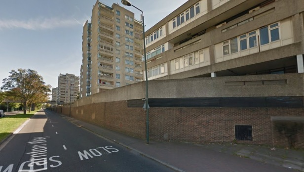 Thamesmead yarnton way blocks